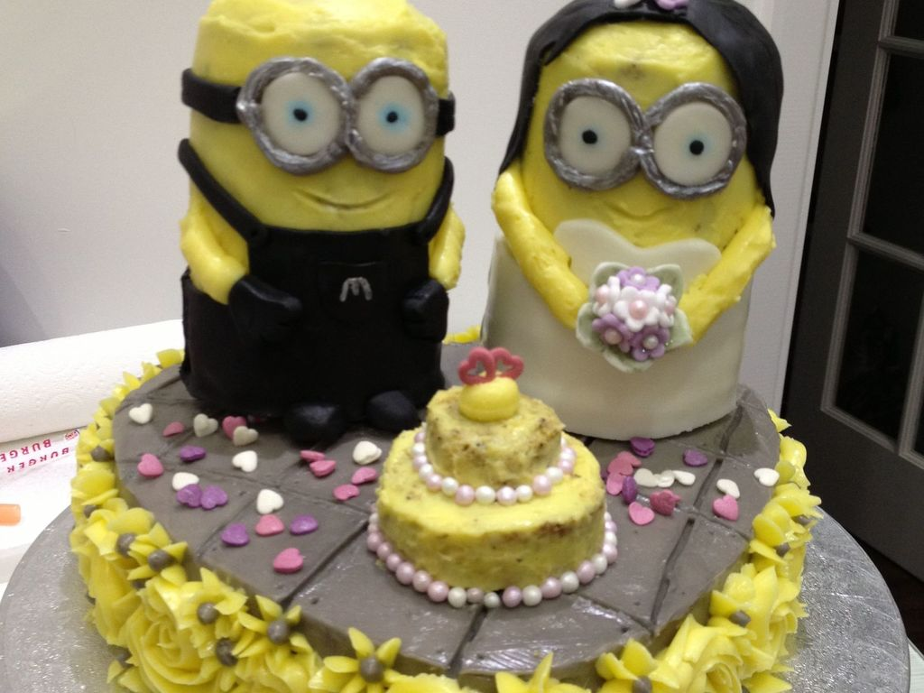 A Minion Wedding Cake For Two Despicable Me Fans - CakeCentral.com