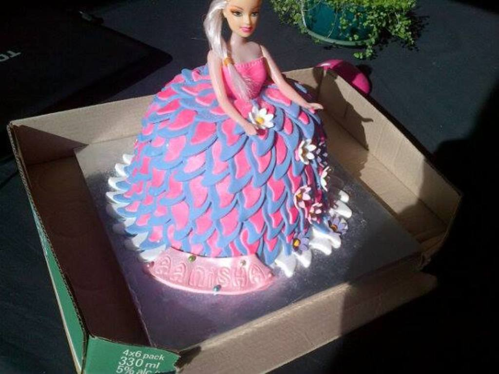 Birthday Cake For A 4 Year Old Little Girl Called Aanisha