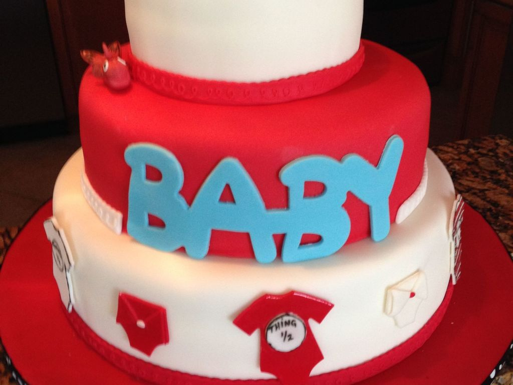 Cat In The Hat Baby Shower Cake Cakecentralcom
