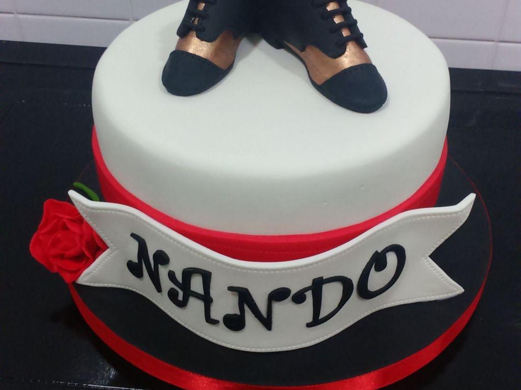 Tango Cake My Brothers Birthday Cake He Dances Tango And Has Bronze