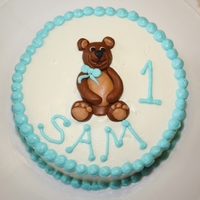 Teddy Bear Smash Cake Last minute cake... just a single layer 6 inch, frosted in buttercream with a fondant bear.