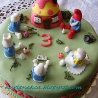 Smurfs This is for a lovely little girl who loves smurfs ;)
