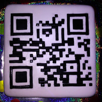 "Qr Code For My Geeky Friend It Said Happy Birthday Mike When You Scanned It What A Pain To Cut All Those Little Pieces Of Fondant And P QR code for my geeky friend. It said ""Happy Birthday Mike"" when you scanned it. What a pain to cut all those little pieces of..."