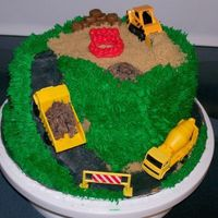Construction Site Thanks to the galleries for the inspiration. The mom who ordered this cake didn't have a theme for her 5 year old so I picked one. It...