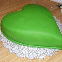 Green Valentine This is a cake a friend ordered from me. She isn't much into pink and red so her Valentine's cake is green :) and she wanted it...