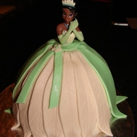 Princess And The Frog Vanilla sponge cake. Client supplied the doll.