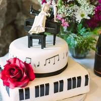 "Jazz Piano And Music Note Wedding Cake Piano keys and musical notes from the couple's ""song"" Never Let Me Go. She is a jazz singer and he is her pianist. Vanilla..."