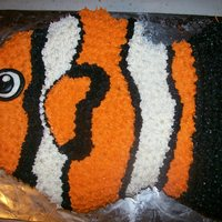 I Found Nemo   This is a carved and decorated with buttercream nemo.