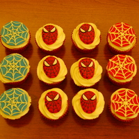 Spiderman Cupcakes Spiderman cupakes