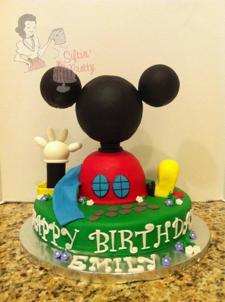 "Mickey Mouse Clubhouse Single Layer 12 Round Styrofoam Covered In Fondant For Head And Ears *Mickey Mouse Clubhouse - Single layer 12"" round - Styrofoam covered in fondant for head and ears."
