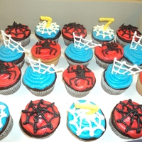 Spiderman Cupcakes My Son's 7th birthday cupcakes! My sis helped me with these. Nothing like team work!! :)