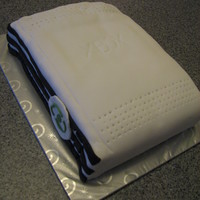 Xbox 360 Birthday Cake This cake was made for someone who loved to play his Xbox 360 games console, whose favourite sports team has black & white stripes (...