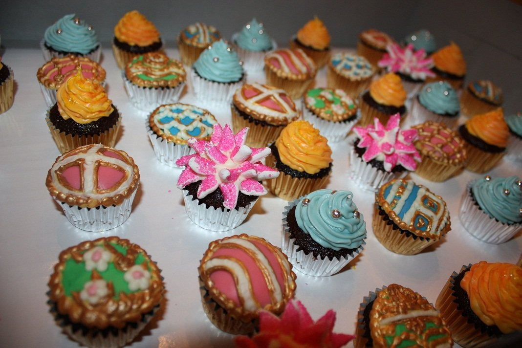 Memorial Or Funeral Mini Cupcakes Various mini cupcakes for a memorial service. The woman who ordered wanted the cupcakes to represent her Aunt's sense of style....