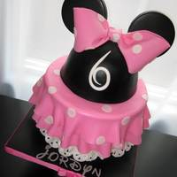 Minnie Mouse Minnie Mouse cake originally inspired by Bliss Pastry and one and only Royal Bakery. We all could use that polka-doted skirt once in a...