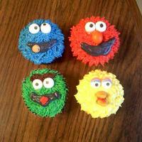 Sesame Street Cupcakes Fire my son's birthday. Thanks to flickr for inspiration!