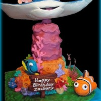 Nemo   Thought it would be fun to do the Ray for a Nemo cake.