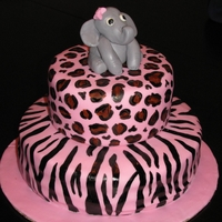 Baby Shower Cake The baby's room is all animal print