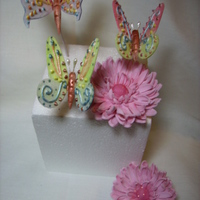 Gum Paste Butterflies And Flowers to be used for a up coming cake