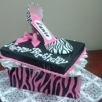 Zebra Shoe Fun cake to make. Zebra print on the shoe box is hand painted with foodcoloring. The shoe is out of gumpaste and hand painted. The inside...