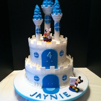 My Grandbabies 4Th Birthday Cake She Loves Minnie Amp Loves The Color Blue   My grandbabies 4th birthday cake. She loves Minnie & loves the color blue!