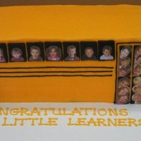 Preschool Grad Cake - School Bus  This was for my preschool graduation last week! I did this design a couple of years ago, and it was such a hit I decided to do it again -...