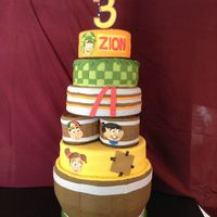 "El Chavo Inspired Cake Fondant Covering Gold And Chocolate Cake With Buttercream Icing ""El Chavo"" inspired cake. Fondant covering gold and chocolate cake with buttercream icing."