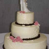 1315192180.jpg this cake was created with drawings the bride sketched