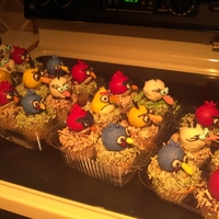 Angry Birds Cake pops on cupcakes