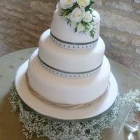English Country Wedding Cake
