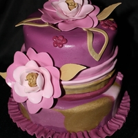 Mauve Flowers Cake This was for a friends birthday...wanted to make something a little different. TFL