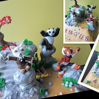 Kungfu Panda Panda was toy provided, Shifu and Tigress were hand moulded with fondant.