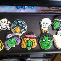 Halloween Cookies Buttercream decorated cookies