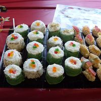 Sushi Thanks to everyone for all their great pictures. I took a little from several people. These are made with Fondant, Buttercreme, white...