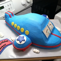 Airplane 2 boys birthday party together, one got an airplane and the other a 2-tier plane cake, made the cloud as a smash cake.