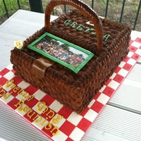 Picnic Basket Cake Buttercream icing with fondant handle