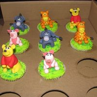 Winnie The Pooh And Friends 3D Cup Cakes