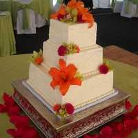 Square Tier Wedding Cake With Fresh Flowers Square tier wedding cake from the fall Thanks for looking :)