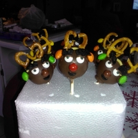 Rudolph And The Gang My first cake pops!