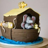 Noah's Ark 1  This was the 'Noah's Ark' cake I made during the workshop with Debbie Brown, here in Melbourne. At the workshop, we were...