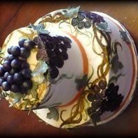Vineyard Bridal Shower topper grapes made of gumpaste/fondant mix all buttercream handpainted grapes and vines