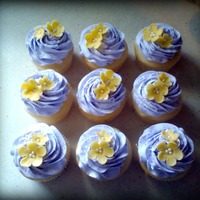 Pretty Purple   wasc cupcakes with white chocolate flowers