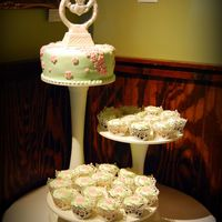 Blossom Wedding Cake And Cupcakes