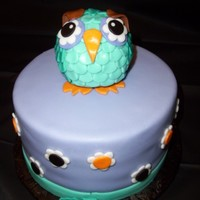 "Baby Owl 8"" round covered in fondant with RKT/fondant owl on top"