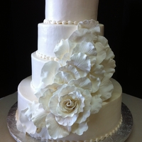 Runaway Rose Buttercream with gumpast flower