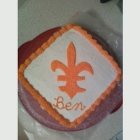 Son's Birthday Cake Son was enamored of the 3 Musketeers and all things fleur de lis. Found a coloring page for the pattern. Very simple.