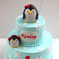 Penguin Party   Buttercream with fondant accents. Penguin tutorial provided by Royal Bakery. TFL!