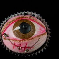 Halloween Eye Cupcake