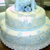 Amandas Wedding Cake white cake with butter cream and mmf this was my first wedding cake