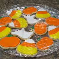 Halloween Cookies   LilaLoa's cookie recipe with Cookie Crazie's glaze icing. These cookies were made for a thank you gift.