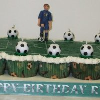 Ryan's Soccer Cupcake Cake Vanilla cupcake cake (20 count) / BC icing / Gum-paste figure (Celcakes - fairies mold)